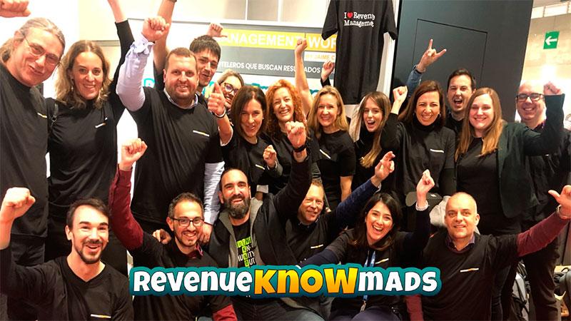RevenueKnowmads, más que una comunidad · by Jaime Chicheri